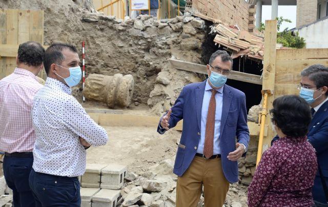Comienzan los trabajos para la recuperación de la columna romana hallada en Monteagudo - 3, Foto 3