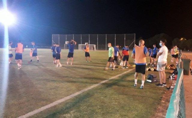 Las instalaciones de la Concejalía de Deportes acogen desde el pasado lunes los entrenamientos del equipo de Tercera División, Olímpico Club de Fútbol - 2, Foto 2