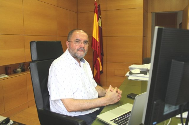 The mayor works with the Ministry of Finance and the FEMP so that the City Council obtains financial resources to reactivate the local economy