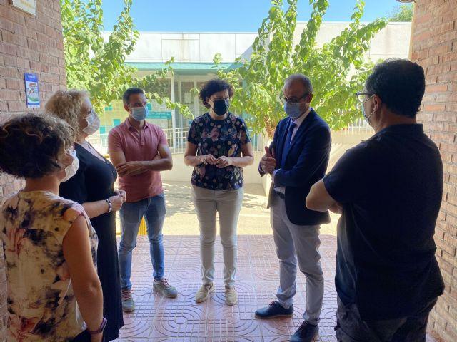El director general de Planificación Educativa y Recursos Humanos visita los centros educativos de Puerto Lumbreras, que han comenzado el curso con total normalidad - 1, Foto 1