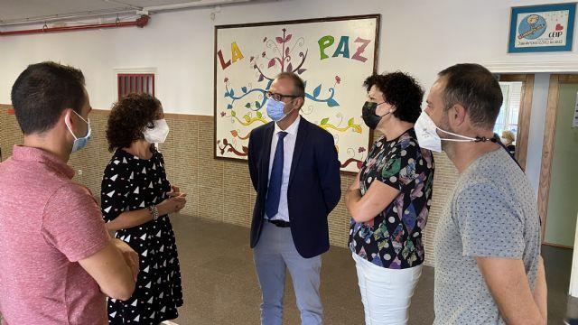El director general de Planificación Educativa y Recursos Humanos visita los centros educativos de Puerto Lumbreras, que han comenzado el curso con total normalidad - 4, Foto 4
