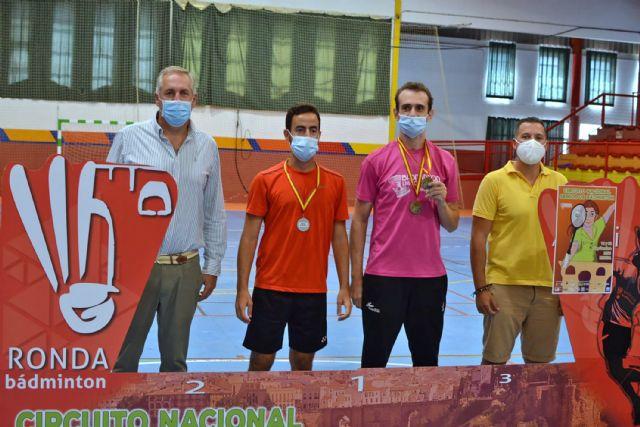 Tres oros, una plata y tres bronces para el Bádminton Las Torres en la prueba de Ronda del circuito nacional sénior - 5, Foto 5