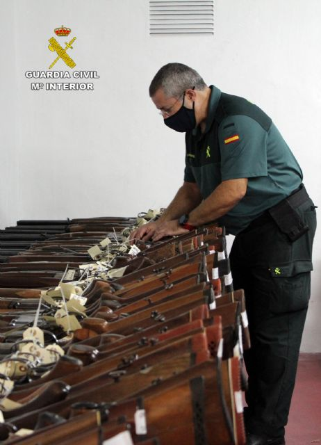 The Civil Guard of Murcia celebrates the 2020 arms exhibition-auction, Foto 1