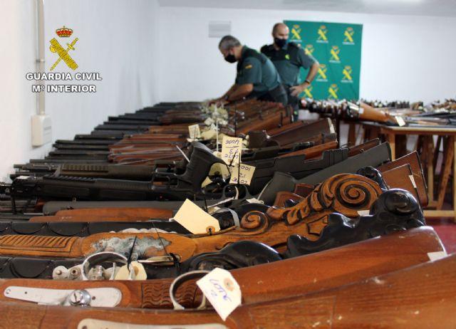 La Guardia Civil de Murcia celebra la exposición-subasta de armas del año 2020, Foto 5