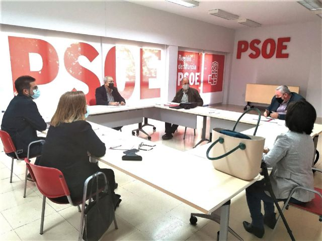 The passenger sector transfers to the PSRM-PSOE the discomfort of companies and workers due to the new school transport agreement, Foto 1