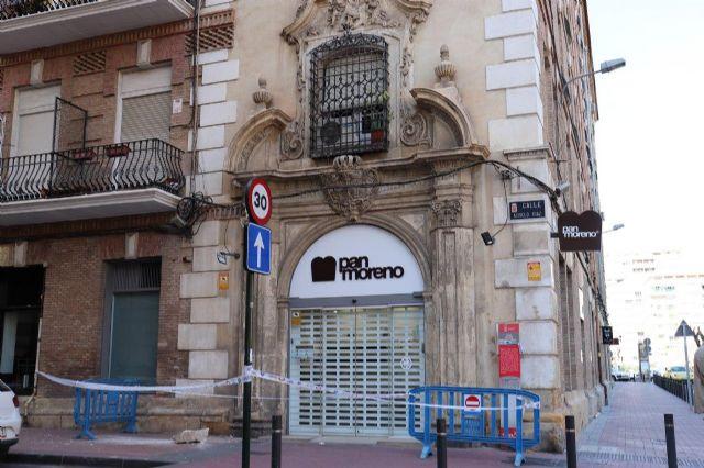 Huermur denuncia la caída de cascotes del edificio de los Nueve Pisos - 1, Foto 1