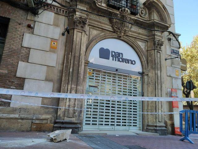 Huermur denuncia la caída de cascotes del edificio de los Nueve Pisos - 3, Foto 3