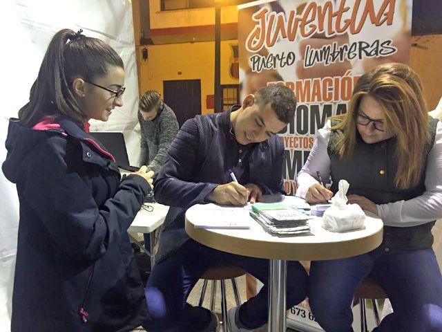 Más de 400 jóvenes lumbrerenses ya tienen el Carné Joven Municipal en su primera semana de funcionamiento - 2, Foto 2