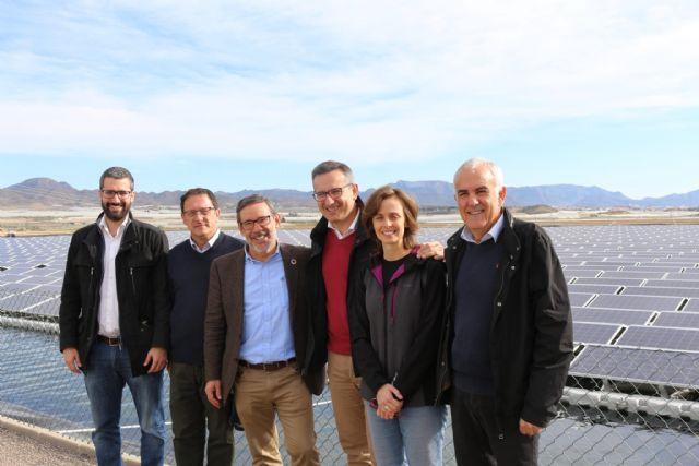 Diego Conesa: La desaladora de Mazarrón es una demostración más de que se puede compaginar el desarrollo agrícola con la sostenibilidad energética y el recurso agua - 1, Foto 1