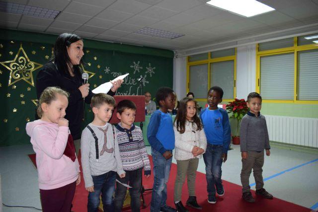 Los alumnos del colegio Bahía animan a leer Leo en la torre - 1, Foto 1