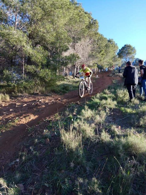 Francisco Cánovas of the Cycling Club Santa Eulalia participated in the XCO in the Union