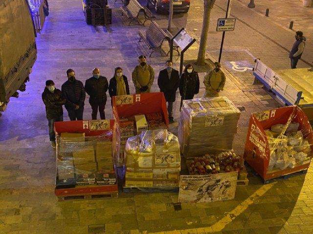 Llega a Mula una tonelada de alimentos solidarios pertenecientes a la Unidad de Fuerza de Guerra Naval Especial - 1, Foto 1