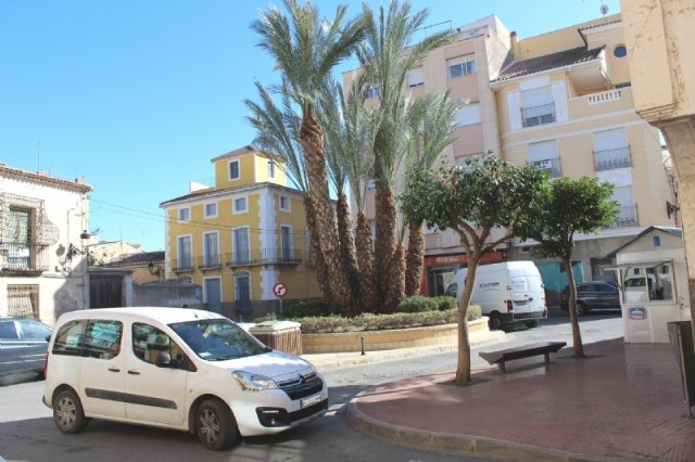 They will study the possible closure to the traffic of Francisco Martínez Palao square to convert it into a playground and enjoy the pedestrians, Foto 3