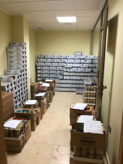 El Ayuntamiento de Puerto Lumbreras continúa el reparto de alimentos a las familias más vulnerables ante la pandemia de COVID-19 - 1, Foto 1