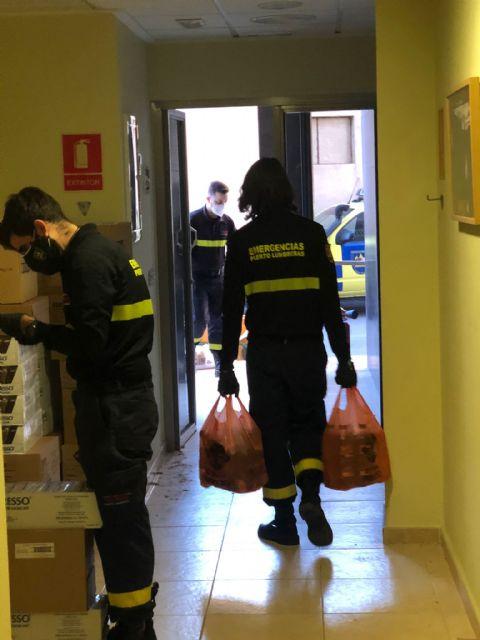 El Ayuntamiento de Puerto Lumbreras continúa el reparto de alimentos a las familias más vulnerables ante la pandemia de COVID-19 - 2, Foto 2