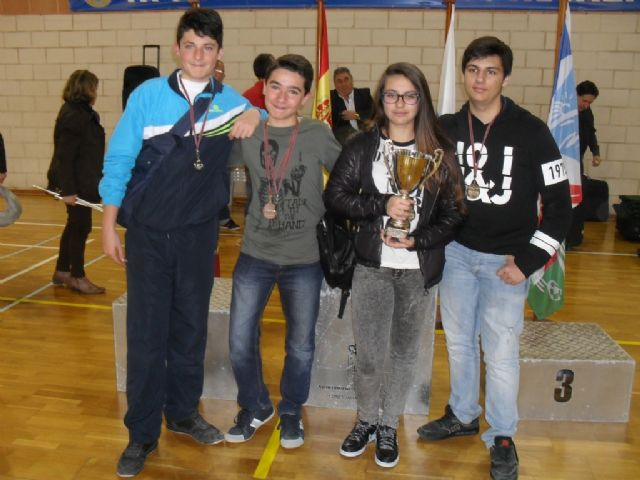 "The IES ""Juan de la Cierva"" of Totana achieved second place in the Regional Final Chess School Sports"