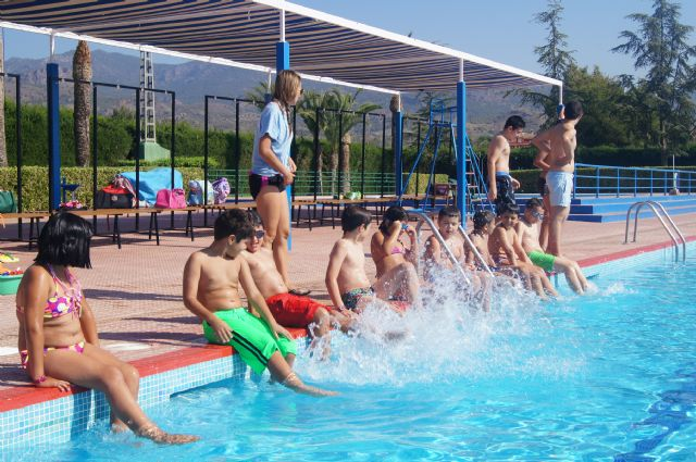 "Those interested in attending the concession of ""Summer Sports"" services in the municipal swimming pools have until March 11 to submit their proposals, Foto 1"