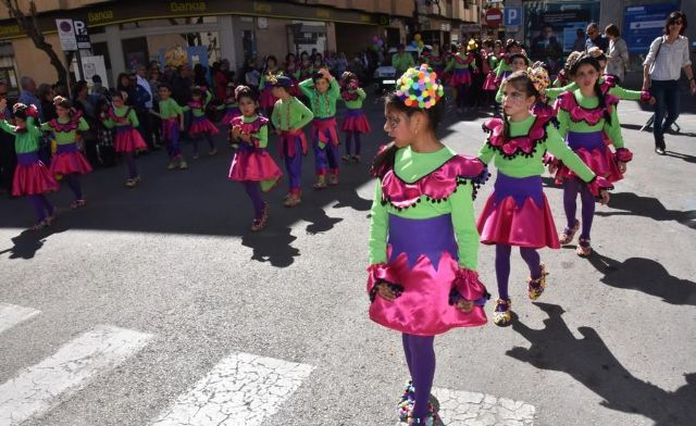 The City Council finances with 2,200 euros with the Federation of Peñas del Carnaval to collaborate with the Children's Carnival parades, Foto 4