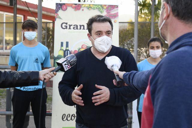 Toñifruit renueva su apoyo al Club Atletismo Alhama, Foto 2