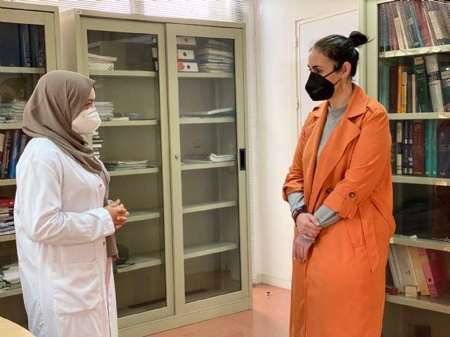 Mediadora intercultural en los centros de salud del municipio - 1, Foto 1