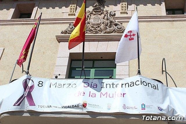 Elevan una moción conjunta, a excepción del Grupo Municipal VOX, para conmemorar el Día Internacional de la Mujer - 1, Foto 1