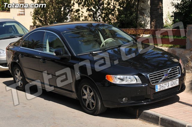 Former Mayor vehicle is awarded to a resident of Totana for a final price of 12,488 euros - 1