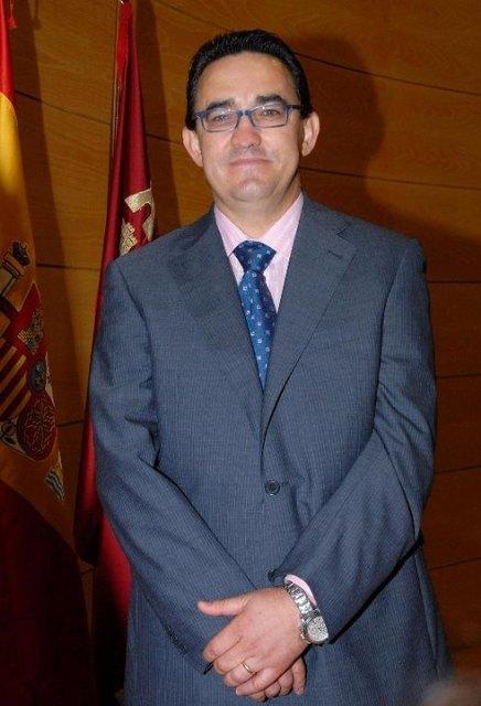 El Director General de Calidad Educativa y FP vista el IES Miguel Hernández y una conocida empresa alhameña, Foto 1