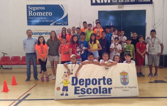 The Santa Eulalia School gets the first place in the Local Stage of School Sports Minivoley