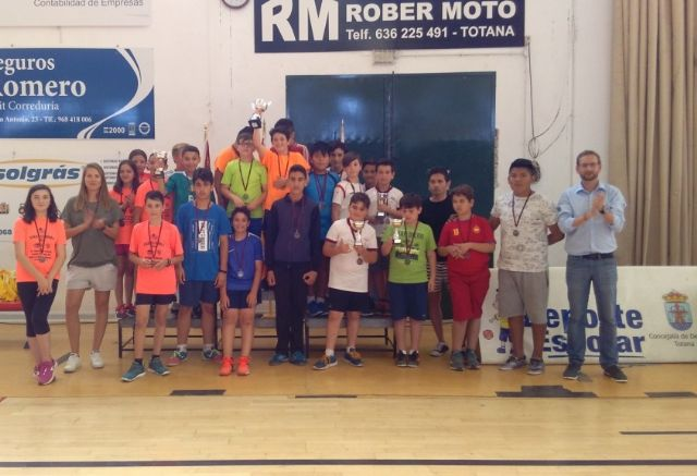 The Santa Eulalia School gets the first place in the Local Stage of School Sports Minivoley, Foto 2
