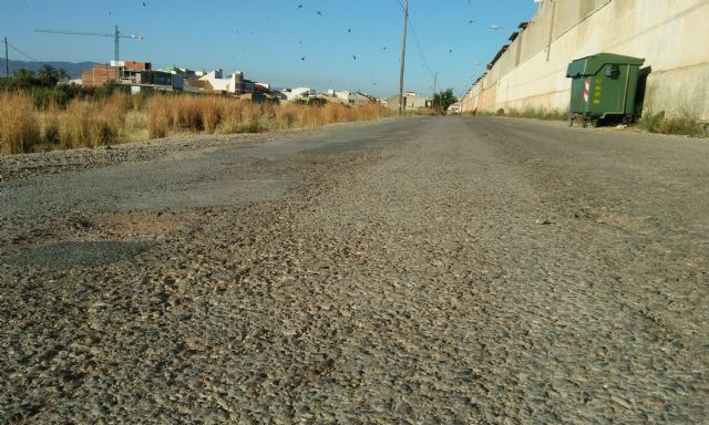 Se inicia el expediente para contratar la rehabilitación y pavimentación del Camino del Cementerio - 4, Foto 4