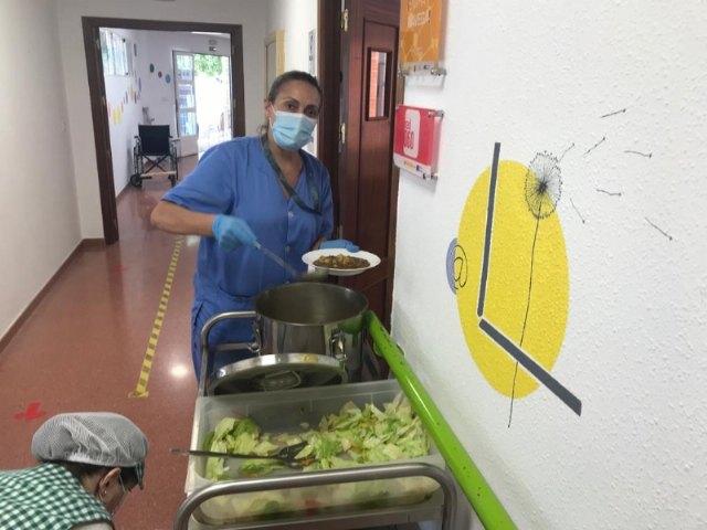 Prorrogan un año el contrato del servicio de comedor-catering de los dos Centros de Día para la Discapacidad - 5, Foto 5