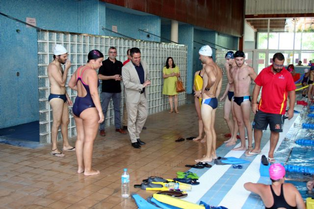 Trece alumnos de socorrismo en instalaciones acuáticas culminan su formación e inician el período de prácticas profesionales - 1, Foto 1