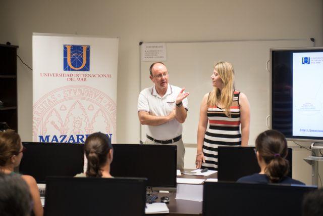 La Universidad del Mar imparte en Mazarrón un curso para mejorar la productividad de los distintos profesionales - 2, Foto 2