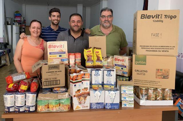UxA reparte alimentos todos los meses a vecinos de Alguazas - 1, Foto 1