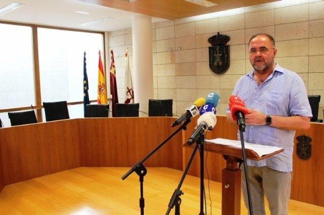 [El alcalde se reúne mañana con el delegado del Gobierno, a quien solicitará más recursos de Guardia Civil para la zona de Los Huertos y las pedanías