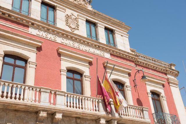 Minuto de silencio en memoria de las víctimas de los atentados de Cataluña - 3, Foto 3