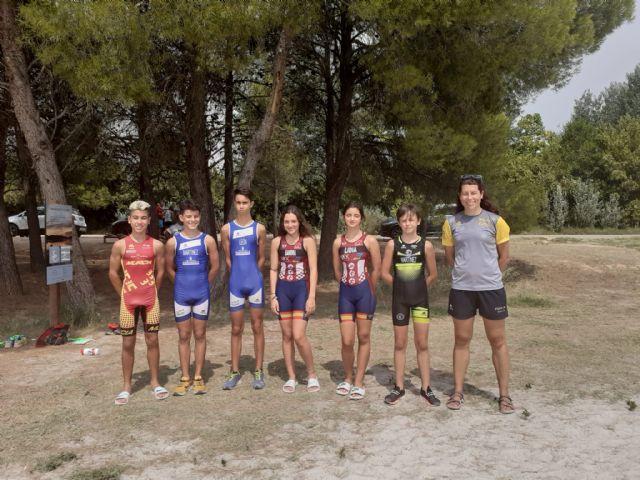 Seis murcianos entre los 36 triatletas de toda España que han participado en el Encuentro Nacional de Menores de Triatlón en La Estanca de Alcañiz - 1, Foto 1