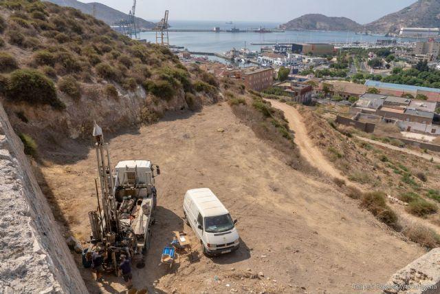 El proyecto de rehabilitación del Castillo de Los Moros da un paso más con la realización de los sondeos geotécnicos - 1, Foto 1