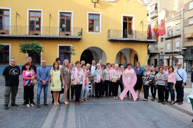 Alcantarilla conmemora en sus calles el Día Mundial contra el Cáncer de Mama, Tu Lucha es mi Lucha - 3, Foto 3