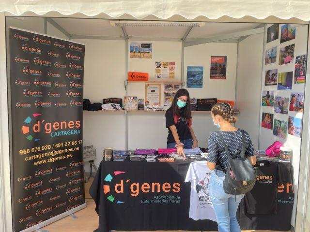 D´Genes expone la labor que desarrolla y sus servicios en la Feria