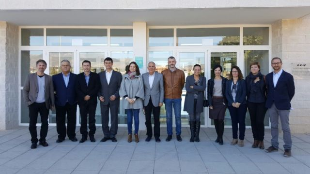 Visit of the deputies Víctor Martínez-Carrasco and Juan Pagán next to the Committee of Education to the CEIP Luis Pérez Rueda de Totana