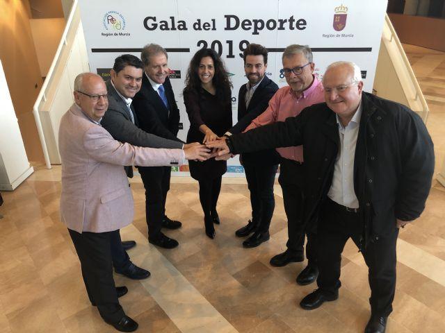 Los premios al mérito deportivo 2019 distinguen al atleta Mariano García y a la jugadora de baloncesto Laura Gil - 1, Foto 1