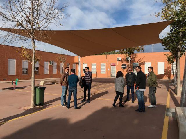 El colegio Hernández Ardieta ya cuenta con un toldo para evitar las alta temperaturas - 3, Foto 3