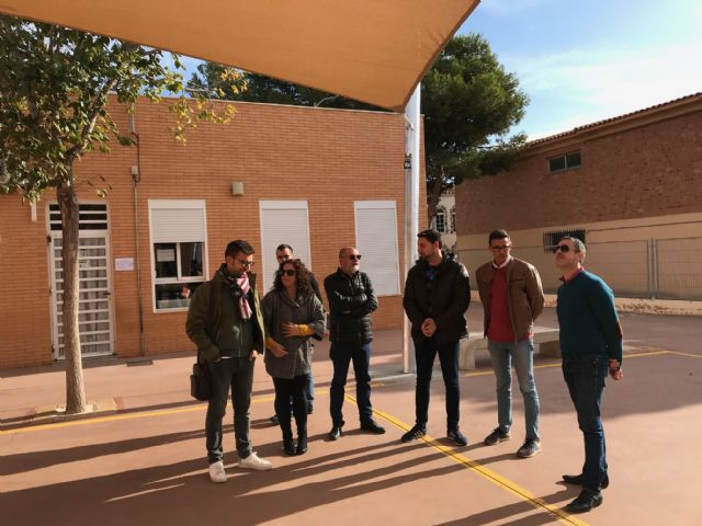 El colegio Hernández Ardieta ya cuenta con un toldo para evitar las alta temperaturas - 5, Foto 5