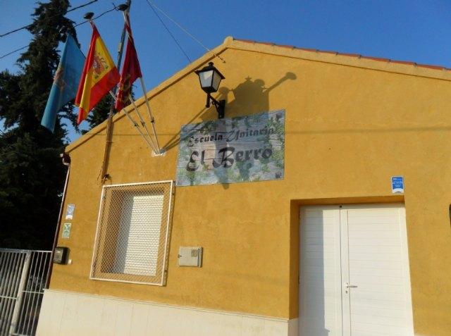 El Ayuntamiento y Primafrio desarrollarán actividades de conciliación en el colegio de El Berro - 1, Foto 1