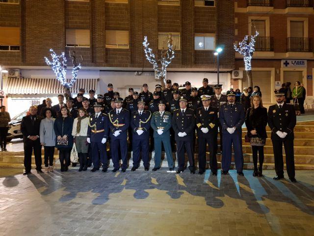 La Policía Local se acerca a los vecinos en el día de su patrón, Foto 2
