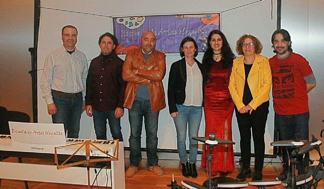 La Escuela de Artes Nogalte celebra su festival de Navidad a beneficio de Afemac - 1, Foto 1