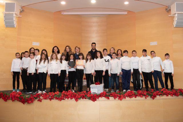 Cerca de 300 escolares participan en una nueva edición del certamen de villancicos, Foto 1
