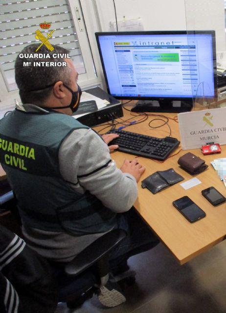 La Guardia Civil detiene a cuatro personas por hurtos en viviendas de San Javier - 1, Foto 1