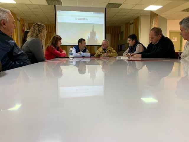 El Grupo municipal MC mantiene un provechoso encuentro de trabajo con los vecinos de Barrio Peral - 4, Foto 4